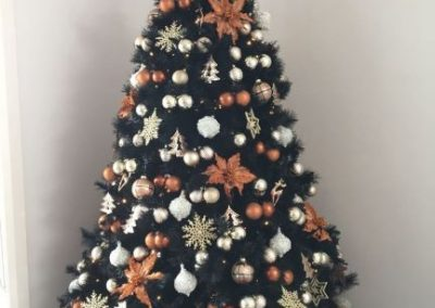 Black tree with Copper-Champagne-White Decs