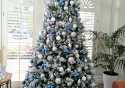 Snow tree with blue & silver